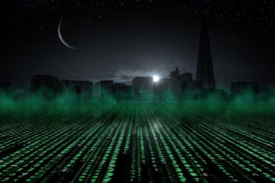 Binärcode in dunkler Skyline